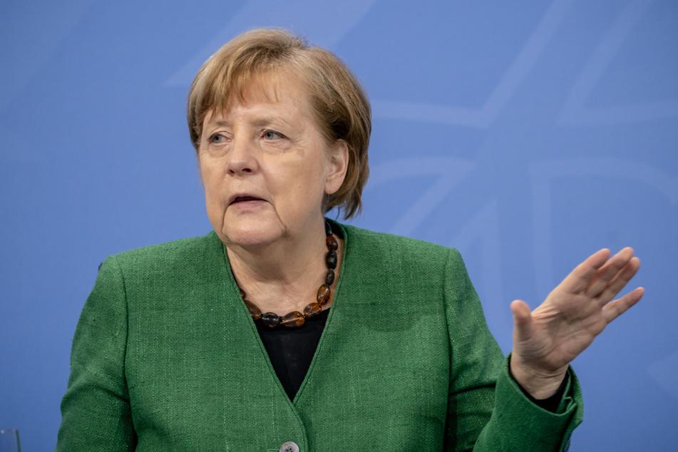 Die Regierung um Bundeskanzlerin Angela Merkel (66, CDU) hat einen entsprechenden Prüfantrag gestellt.