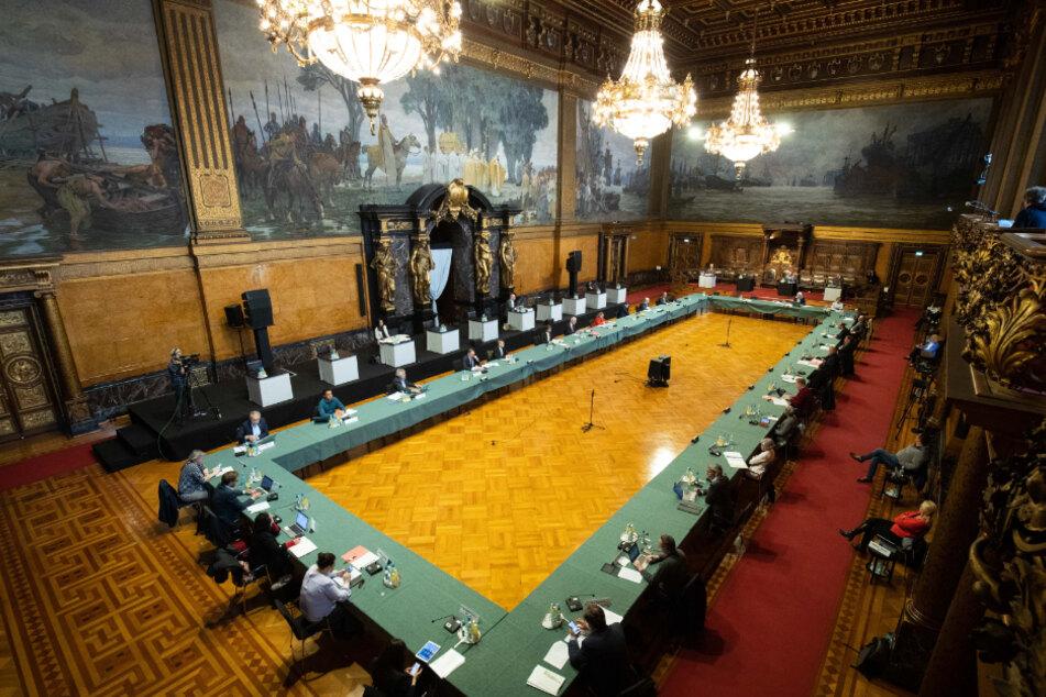 Der Sonderausschuss der Hamburgischen Bürgerschaft zur Corona-Krise ist zu seiner ersten Sitzung im Großen Festsaal im Rathaus zusammengekommen.