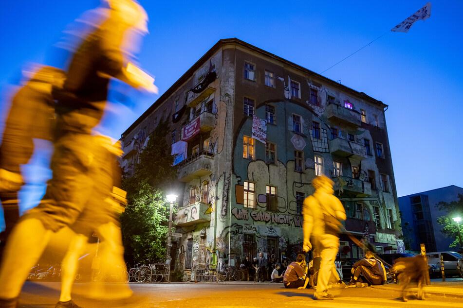 Die Bewohnerinnen und Bewohner sollen das Haus in der Liebigstraße 34 verlassen.