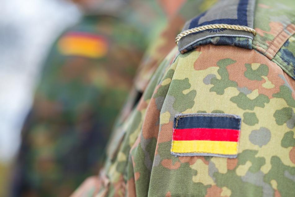 Ein Soldat wurde wegen seiner Uniform beleidigt. (Symbolbild)