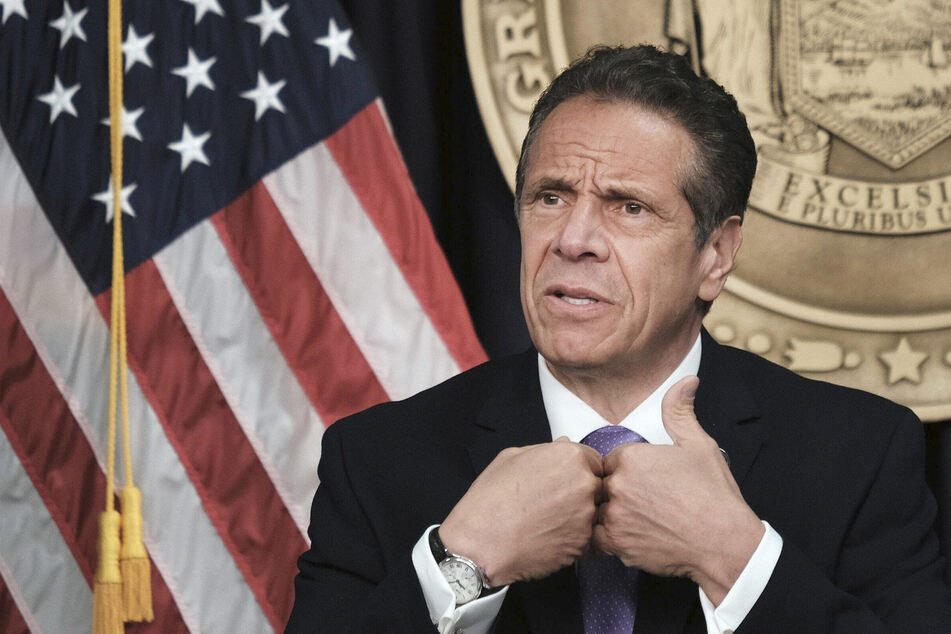 Andrew Cuomo breaks the bank on book deal despite allegations of ethics violations