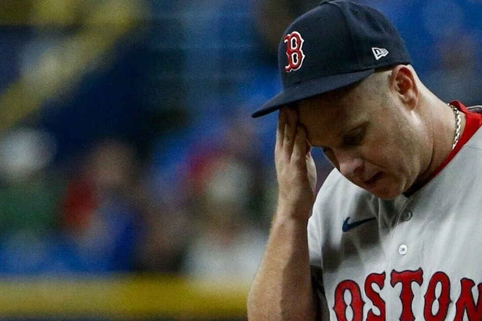 MLB: Red Sox fall short to the White Sox but stay alive in the AL Wild Card race