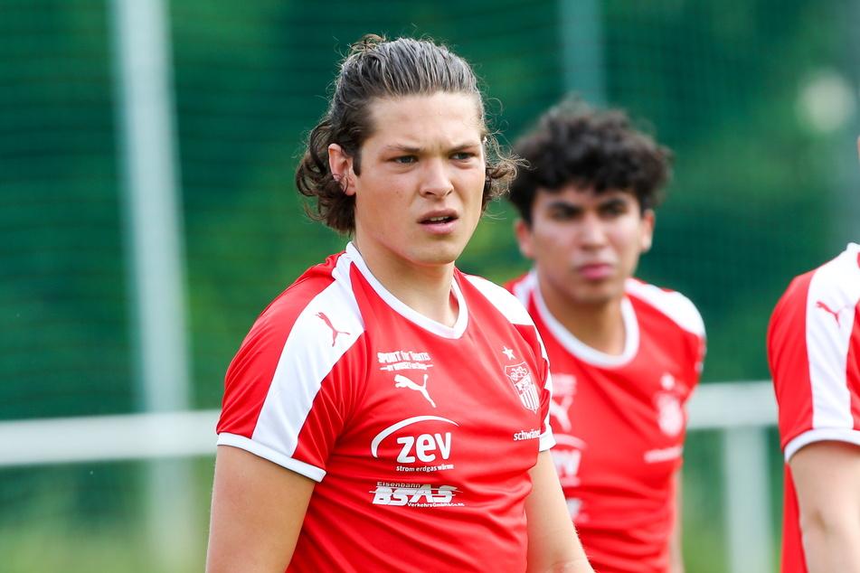 Leon Bürger (21) hat sich vom FSV Zwickau verabschiedet.