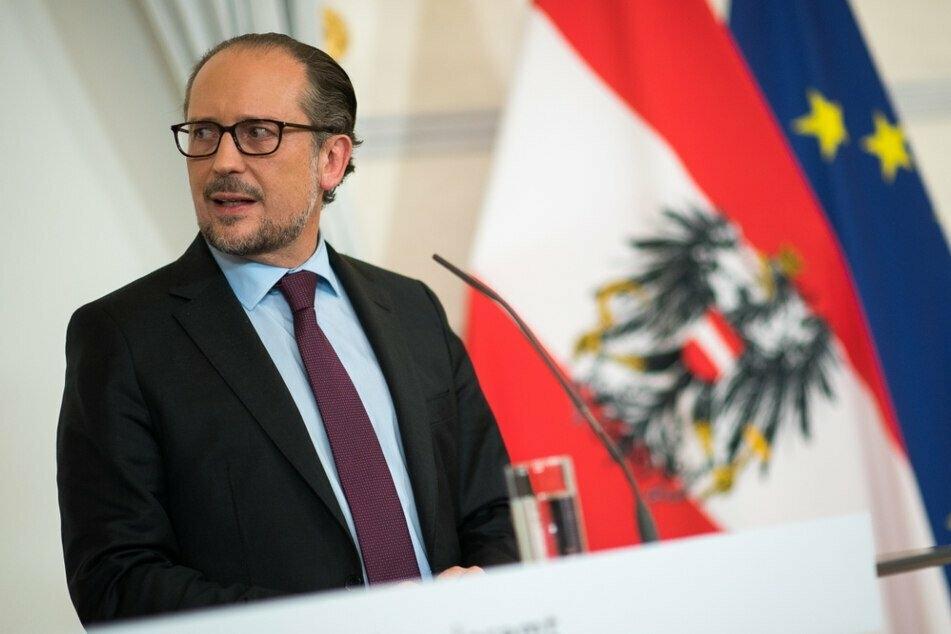Österreichs Kanzler Alexander Schallenberg (52) schloss einen Lockdown für Geimpfte und Genesene aus. Die Gruppe ungeimpfter Personen ist ihm aber noch zu groß.