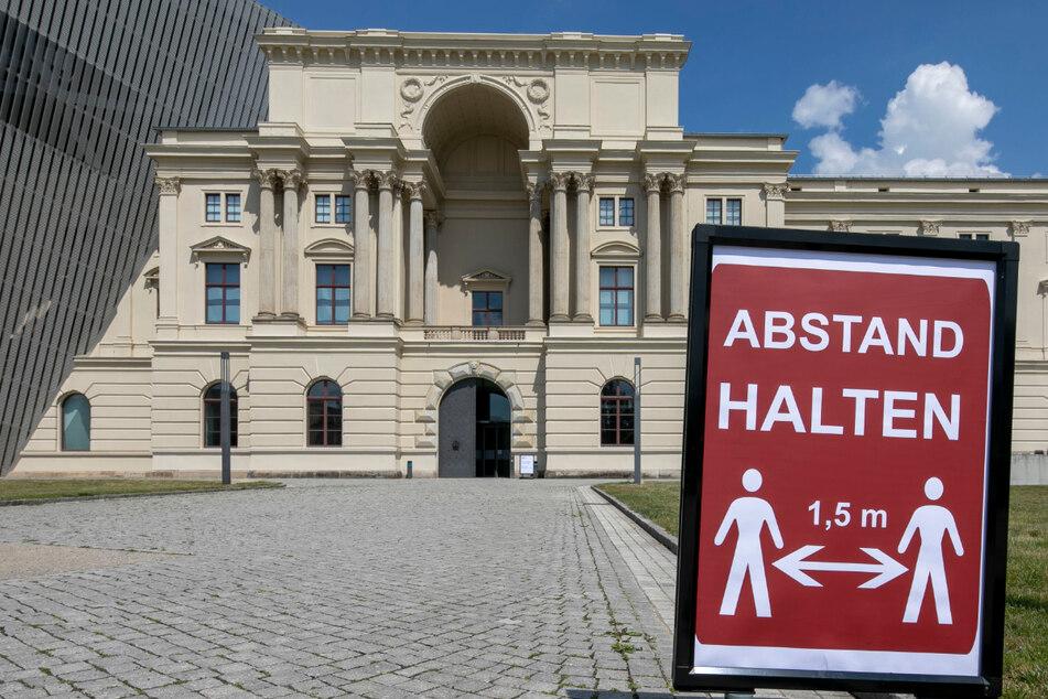 Angesichts bisheriger Schließungserfahrungen bleibt das Militärhistorische Museum in Dresden vorerst zu.