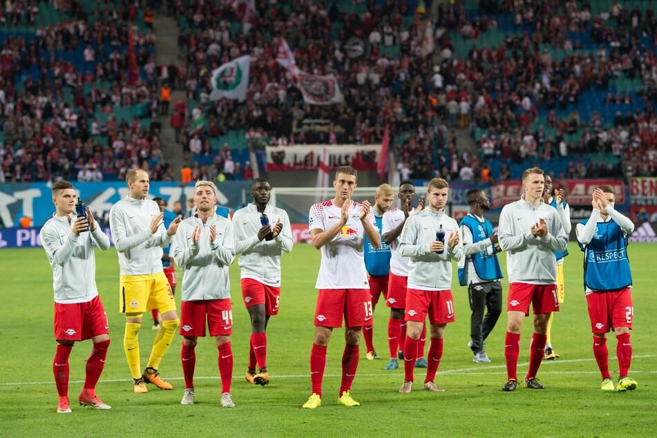 Zum Bundesligaauftakt gegen Mainz können offenbar wieder 8400 Zuschauer in die Red Bull Arena.