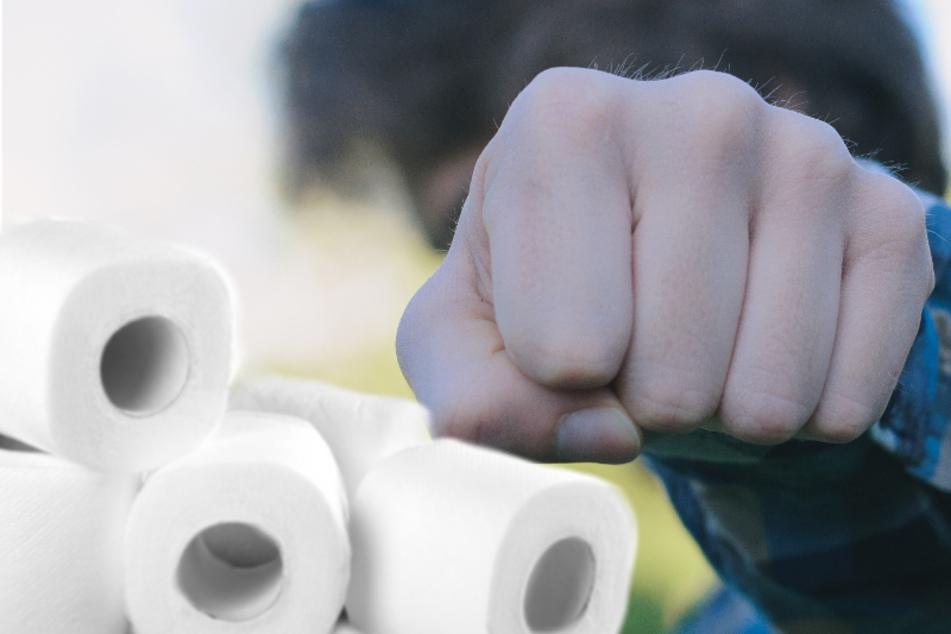 Der Streit um das Toilettenpapier eskalierte und der Mann wurde gegenüber seiner Mutter handgreiflich. (Symbolbild)
