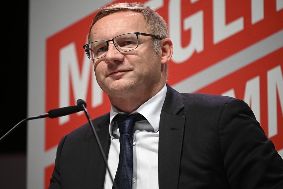 Der Vizepräsident des 1. FC Köln, Eckhard Sauren (49), hat nicht vor, von seinem Amt zurückzutreten.