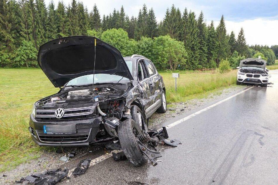 Insgesamt waren vier Fahrzeuge in den Unfall involviert.