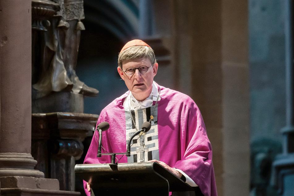 Der Kölner Kardinal Rainer Maria Woelki (64) ist von der Katholische Arbeitnehmerbewegung (KAB) scharf kritisiert worden.