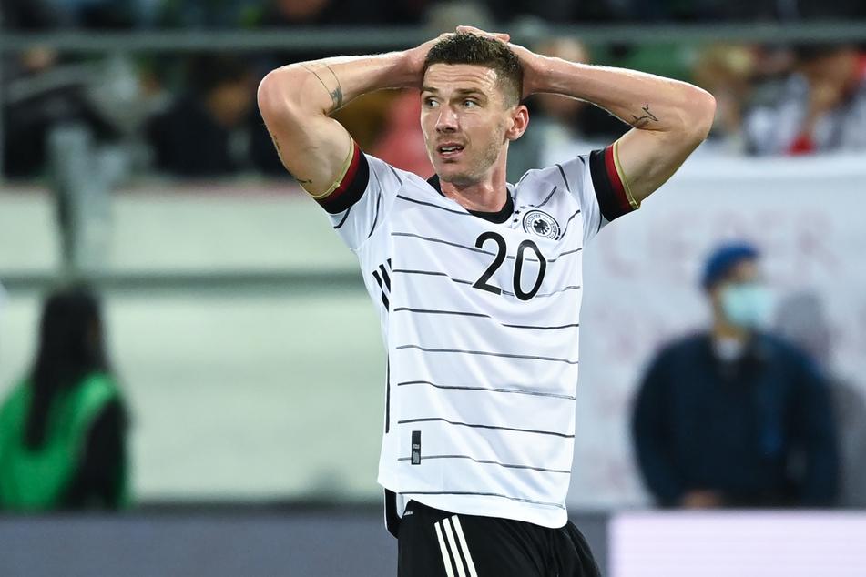 Bittere Nachricht für Robin Gosens (27): Im WM-Qualifikationsspiel der deutschen Nationalmannschaft gegen Liechtenstein erlitt er eine Kapselverletzung im linken Fuß.