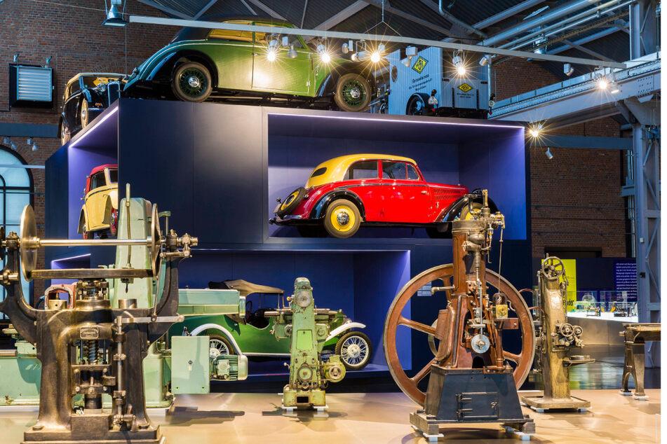 """Im Industriemuseum Chemnitz locken digitale Video-Führungen durch die Sonderausstellung """"MaschinenBoom""""."""