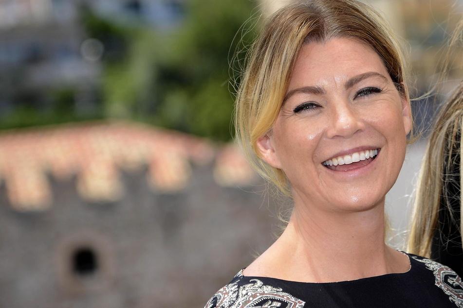 """Ellen Pompeo (51) hat gut lachen! Als Dr. Meredith Grey aus """"Grey's Anatomy"""" sahnte sie den """"People's Choice Award"""" ab!"""