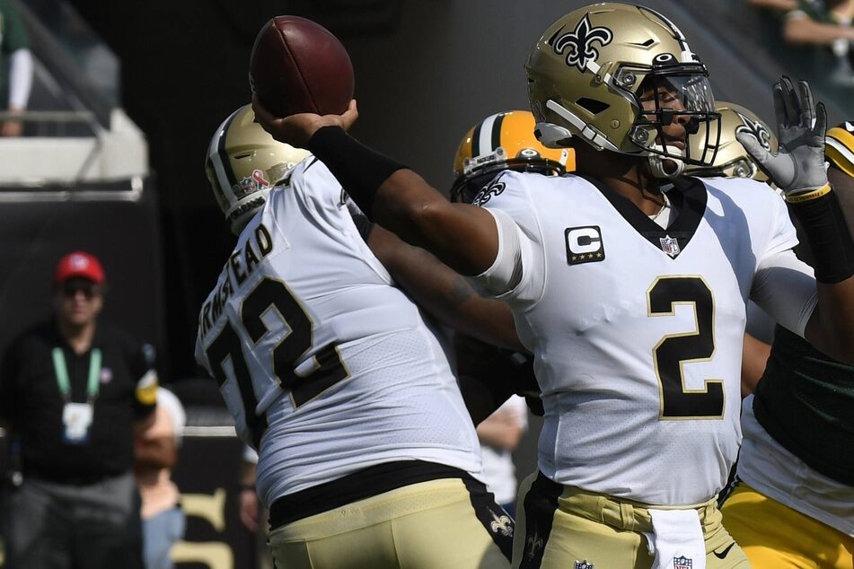 """NFL: The Saints marched all over the Packers in a """"home"""" game away from home"""