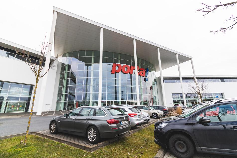 Möbelhaus in Potsdam lässt bis 13.3. nur mit Termin rein und startet krasse Aktion