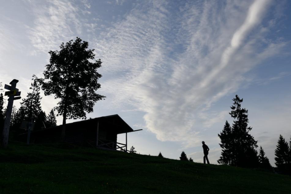 Wanderer nach Sturz in Hütte querschnittsgelähmt, doch wer hat Schuld am Unglück?