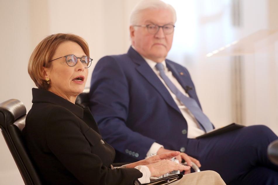 Elke Büdenbender (59) und ihr Ehemann und Bundespräsident Frank-Walter Steinmeier (65).