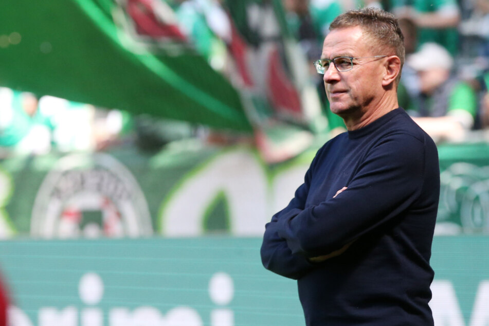 Ralf Rangnick (62) möchte nicht über die Neubesetzung des Bundestrainer-Jobs sprechen. (Archivbild)