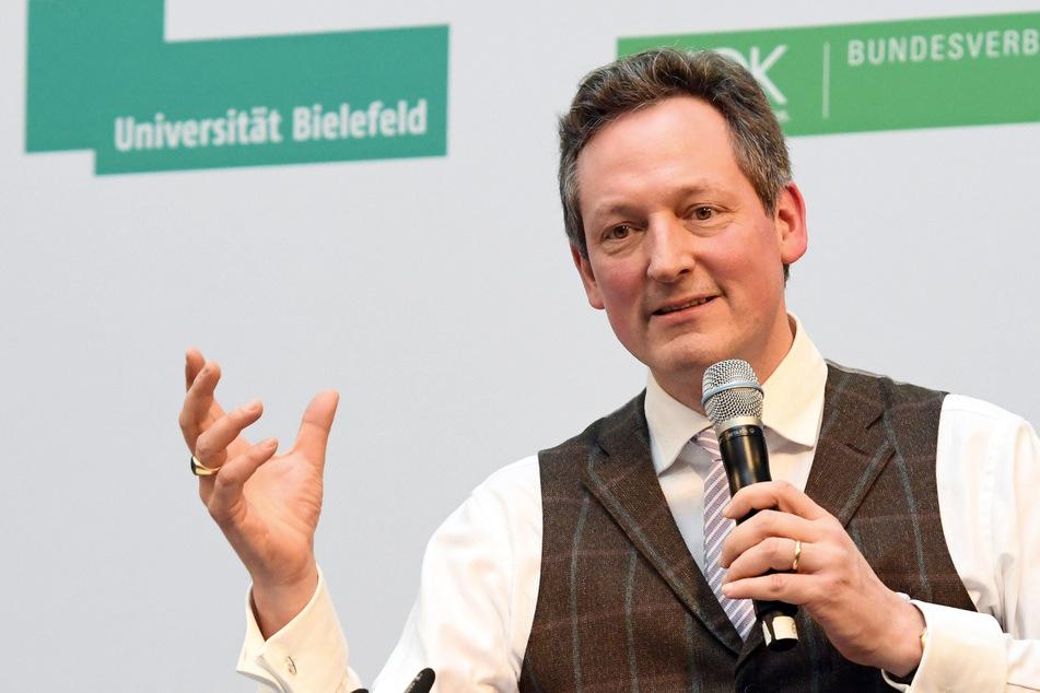 Komiker Eckart von Hirschhausen (53) nimmt die Klimakrise ernst.