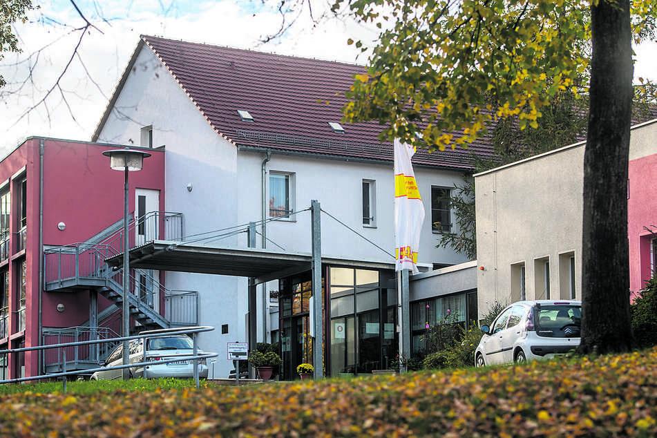 350 Mitarbeiter und Bewohner ließ das Gesundheitsamt im Pflegeheim in der Herderstraße testen.