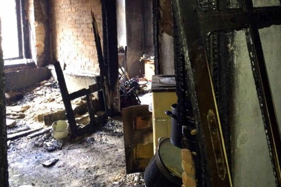 Haus-Explosion: Polizei ermittelt gegen Bewohner