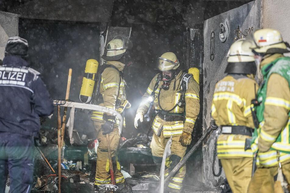 Die Feuerwehr und Polizei im Einsatz in Esslingen.