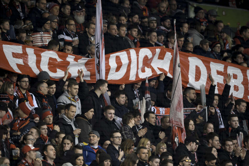 Wieder Fan-Proteste in vielen Stadien, beinahe Abbruch in Jena