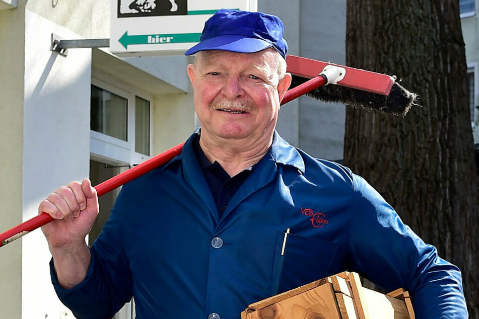 Kabarettist Stephan Dettmeyer (71) alias Eduard Sachsenmeyer bewahrt Sächsisch durch Kultur, Spaß und Unterhaltung.