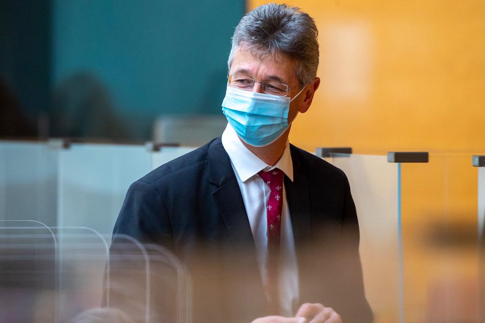 Michael Piazolo (61, Freie Wähler), Staatsminister für Unterricht und Kultus, im Bayerischen Landtag.