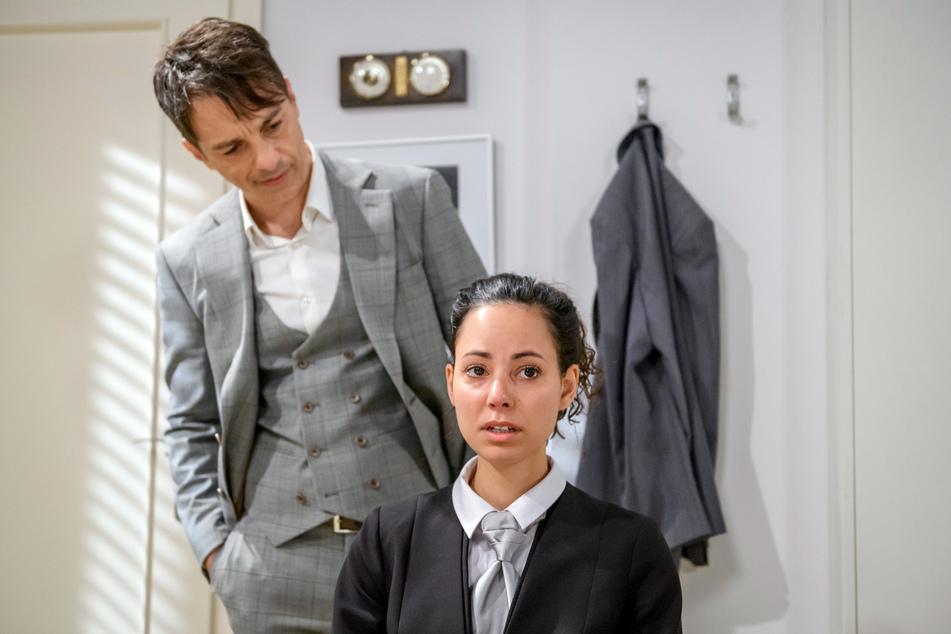 Vanessa fasst Vertrauen zu Robert. Verliebt sie sich sogar in ihren Chef?
