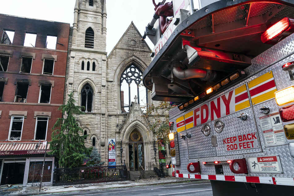 Historic New York church destroyed by raging fire