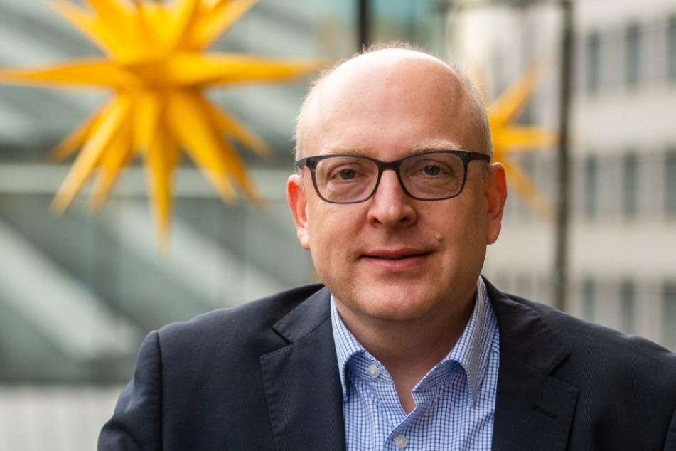 Oberbürgermeister Sven Schulze (49, SPD) verschickte die neuen Arbeitszeitvorgaben an die Erzieher.