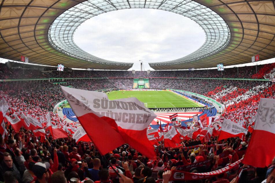 Fans des FC Bayern beim letztjährigen Pokalfinale in der Ostkurve.