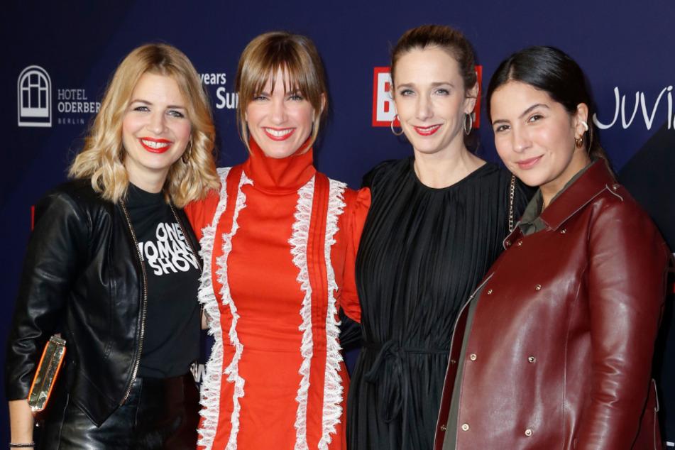 Isabell Horn (2.v.l.) mit ihren ehemaligen GZSZ-Kolleginnen auf der Berliner Fashion Week im Januar.