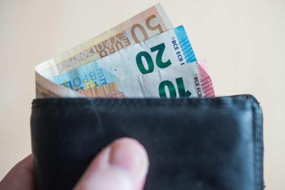 Der Paritätische Wohlfahrtsverband, fordert eine sofortige Anhebung der finanziellen Unterstützungsleistungen für arme Menschen sowie armutsfeste Reformen der Sozialversicherungen. (Symbolfoto)