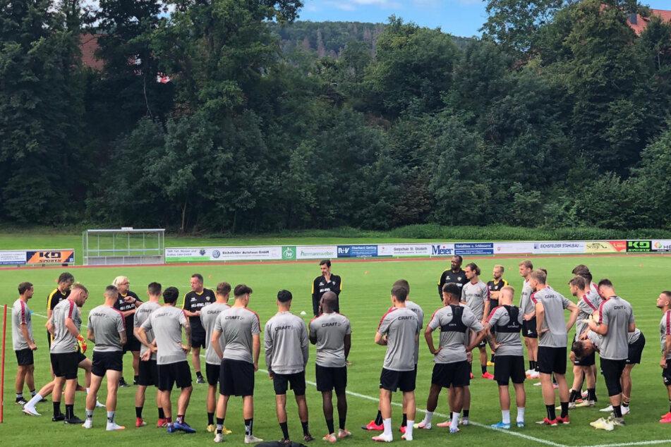 Trainer Markus Kauczinski hat alle mitgereisten Spieler beisammen. Keiner ist verletzt.