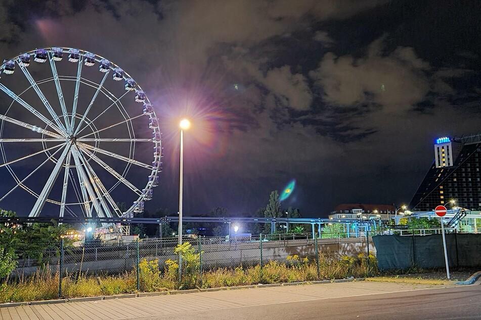 In Berlin-Neukölln steht seit kurzem ein Riesenrad.