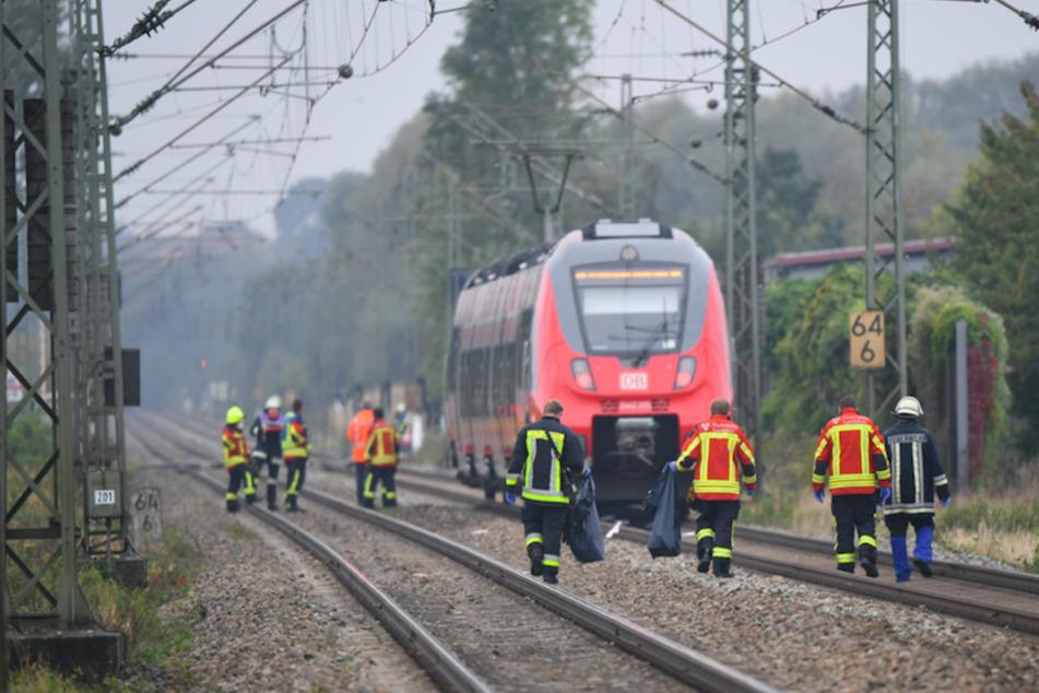 Schüler sterben an Bahnübergang: Sicherheit nach tödlicher Tragödie auf Prüfstand