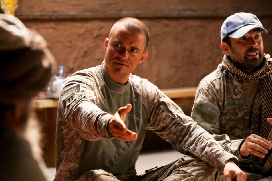 Hollywood-Star Orlando Bloom spielt Captain Ben Keating überzeugend.