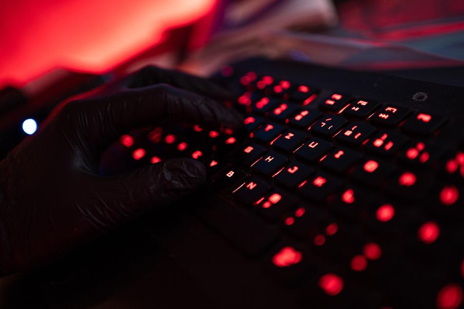 """Internet-Kriminalität: NRW bekommt wegen Zehntausender neuer Fälle """"Cyber-Cops"""""""