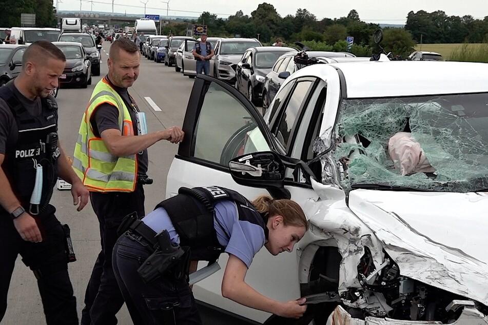 Eine Unfall-Serie führte zur Vollsperrung mit anschließendem Stau.