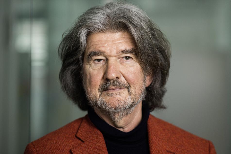 Alfred Theodor Ritter (68), Inhaber des Schokoladenherstellers Ritter Sport und Vorsitzender des Beirats, steht im Verwaltungssitz des Unternehmens. (Archivbild)