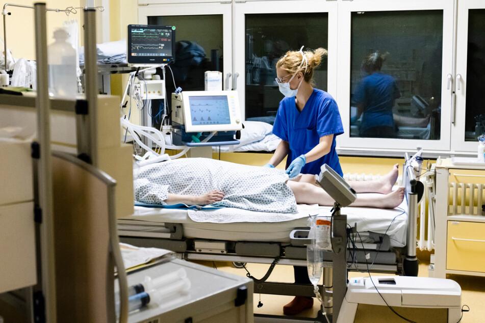 Derzeit werden 174 Covid-Patienten auf Intensivstationen behandelt. (Symbolbild)