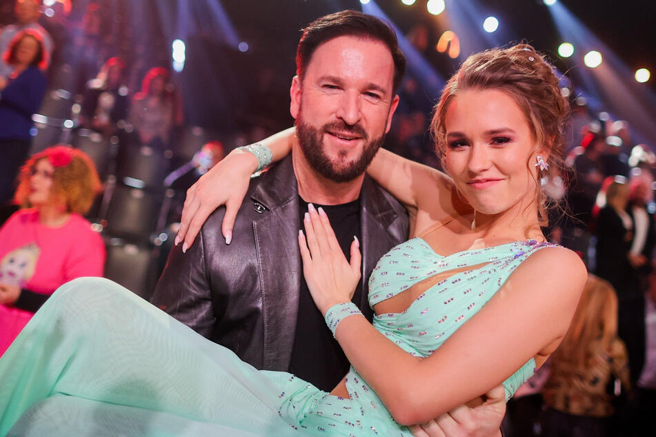 Hier schwebten Laura (20) und Michael Wendler (48) noch im RTL-Glück. Dieser Traum allerdings ist geplatzt.