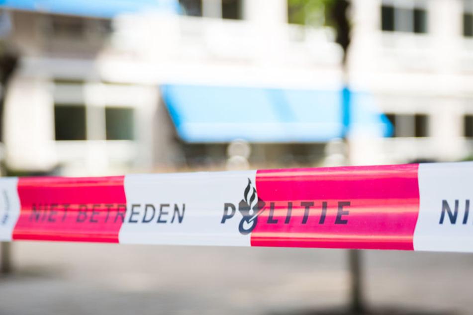 Mann verletzt Mitarbeiter in Supermarkt mit Messer und versucht Feuer zu legen