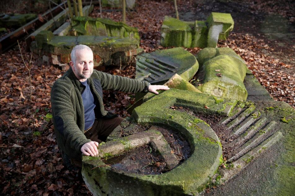 Die Bruchstücke lagerten jahrelang bei Steinmetz Roland Friebolin (56).