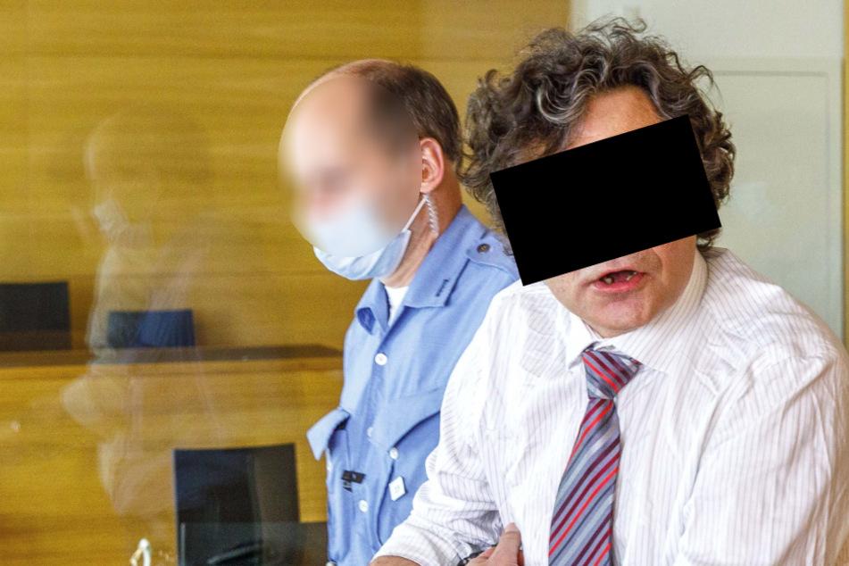 Ex-Polizist Gerd E. (53, r.) soll mal wieder hinter Gitter.