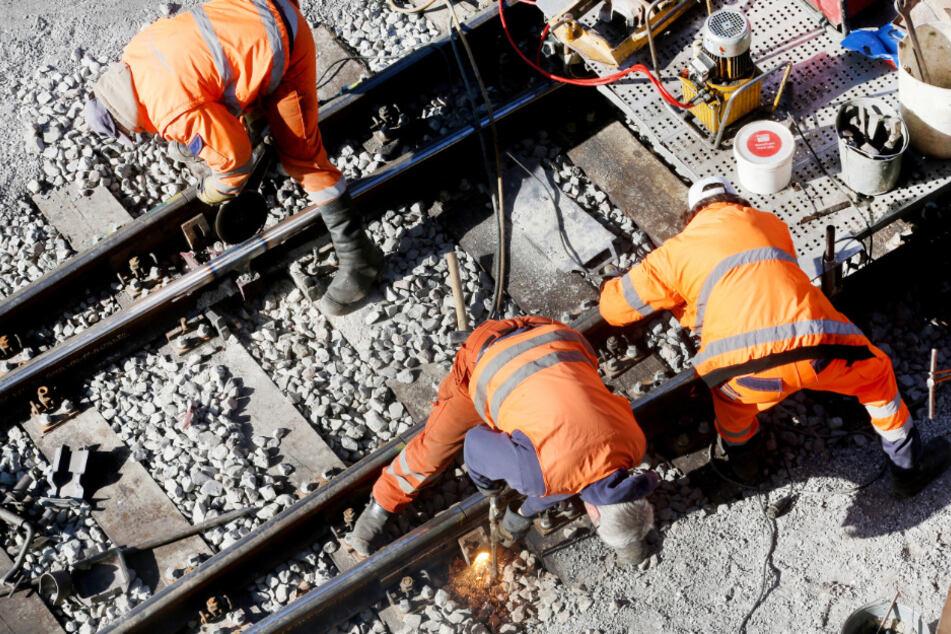 Unfall mit Regionalzug: Gleisarbeiter tödlich verletzt