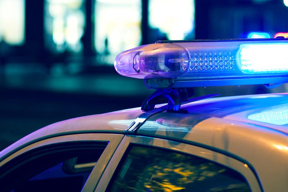 Man kills pregnant girlfriend while her three children watch