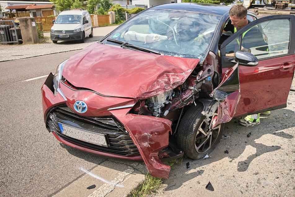 Der Toyota war in einen geparkten Dacia gekracht.